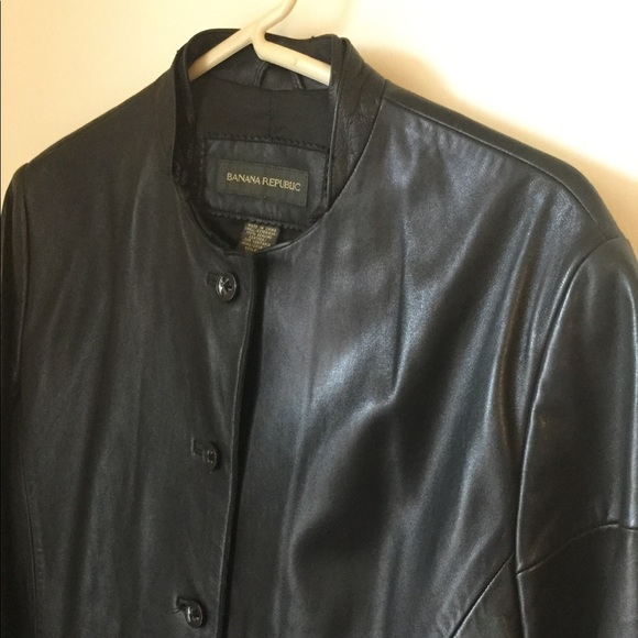 Banana Republic Jackets & Blazers - Banana Republic GENUINE LEATHER Women's Jacket❤️